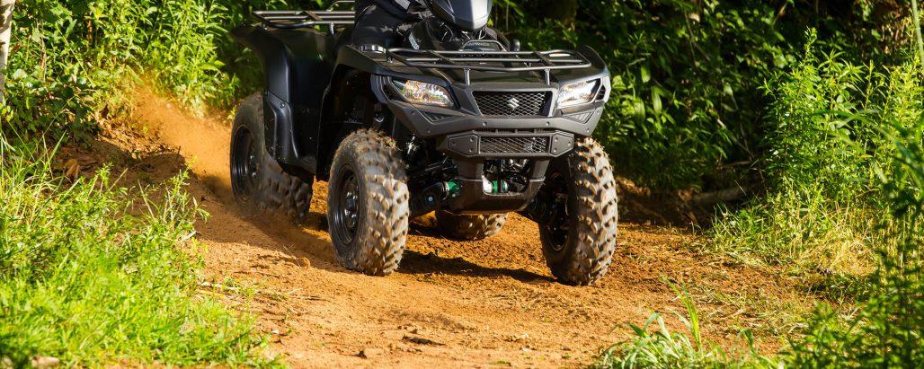 ATV Suzuki Svart